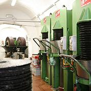 Estrazione dell'olio di oliva e separazione di sansa, olio, acqua di vegetazione - Frantoio Pace
